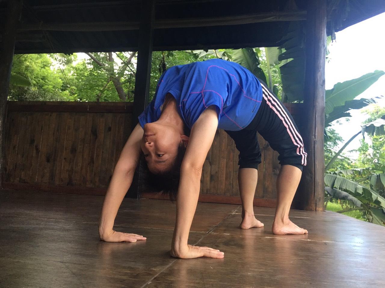 yoga evolution瑜伽教室師資-Sandra老師
